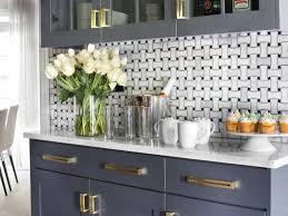 Modern Kitchen Backsplash Ideas For Cooking With Style - Basket weave tile backsplash