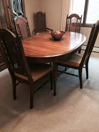 broyhill dining room sets i a broyhill dining set with 4 chairs and two captains chairs