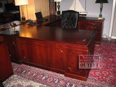 Used U Shaped Desk Steelcase U Shaped Desk With Right Bridge Credenza Hutch