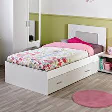 chambre à coucher fly capitonnee des pour faire lit garcon enfant fly places et