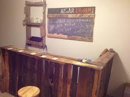 Pallet Furniture Outdoor Bar Diy Pallet Bar Sign Glass Rack And Chalkboard Sh T That Makes