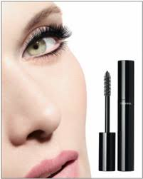 Mascara Chanel meets curl the new chanel le volume de chanel mascara incites