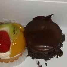 nitin bakery 36 photos bakeries miami fl 3100 nw 17th ave