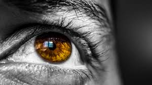 What Can Cause Blindness Smartphone Use In Bed Can Cause Temporary Blindness Geek Com