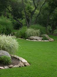 Images Of Backyard Landscaping Ideas by 25 Best Landscape Borders Ideas On Pinterest Flower Bed Borders