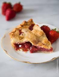 Decorative Ways To Cut Strawberries Strawberry Pie The Little Epicurean