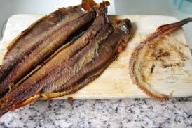 comment cuisiner le hareng fumé salade de concombre au hareng saur sandrine cuisine façon créole
