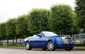 rolls royce sports car 2011 rolls royce bespoke phantom drophead coupe conceptcarz com