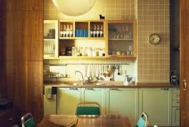 theme kitchen how to decorate a small apartment kitchen with a retro theme
