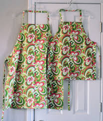 how to sew an adjustable chef u0027s apron 11 steps with pictures