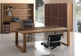 bureau en bois design bureau direction avec plateau cuir et bois démarquez vous