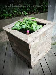 How To Make Planter Boxes by 58 Best Pallet Planters Images On Pinterest Planter Boxes