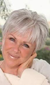 frosted hairstyles for women over 50 short hair for women over 60 with glasses short grey hairstyles