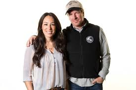 chip and joanna gaines u0027 b u0026b now accepting reservations people com