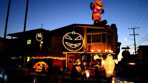 best halloween decorated houses 20 c3 a2 c2 ab cbs houston loversiq