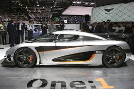 koenigsegg one 1 koenigsegg one 1 breaks 0 186 0 mph record