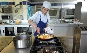 demande d emploi chef de cuisine 24 heures du mans 450 emplois à pourvoir dans la restauration le
