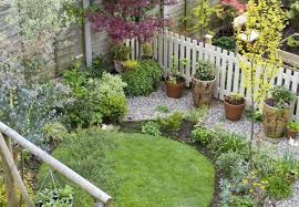 Decoration Ideas For Garden Small Garden Design Ideas On A Budget Myfavoriteheadache