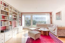 bibliothek wohnzimmer uhr partner immobilien ag reihenhaus moosseeblick