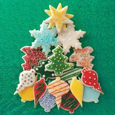 decorated christmas cookies decorated christmas cutout cookies recipe taste of home