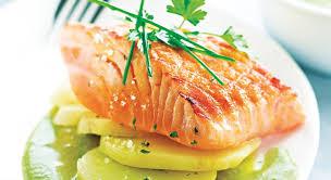 cuisiner le saumon recette rapide et facile pavé de saumon grillé à l unilatérale