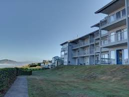 top 50 newport or vacation rentals reviews u0026 booking vrbo