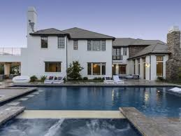 Oprah Winfrey Homes by Katie Holmes Buys A Home In Los Angeles California Photos Abc News