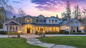 lakers great derek fisher passes his custom home court to a new