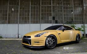 golden cars matte gold nissan gtr d2forged cv8 wheels three quarter front left