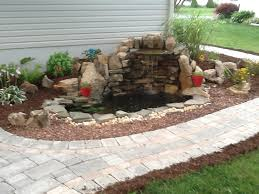 Pinterest Small Backyard Best 25 Small Backyard Ponds Ideas On Pinterest Small Fish Pond