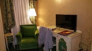 le bureau le bureau avec la télévision picture of hotel becher venice