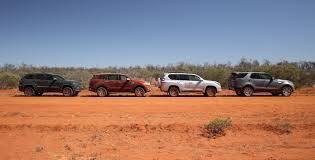 land rover discovery off road luxury 4x4 comparison land rover discovery v ford everest v