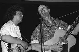 arlo guthrie remembers pete seeger he brought humanity together