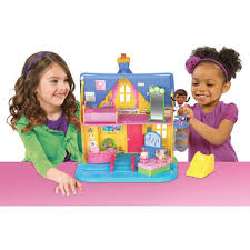 doc mcstuffins playhouse disney doc mcstuffins clinic playhouse walmart com