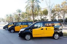 nissan nv200 taxi nissan starts delivering electric taxis to rome madrid and
