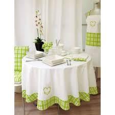 table pour la cuisine comment protéger sa table de cuisine astuces bricolage
