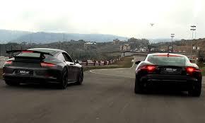 jaguar f type vs porsche 911 jaguar f type r coupe vs porsche 911 gt3 جاكوار إف تايب آر