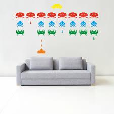 crea tu vinilo disenando tus espacios space invaders space invaders s l1000