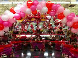 balloons for him boyfriend exposed to endless heart decorations would ve remembered