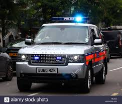 range rover van metropolitan police special escort group range rover stock photo