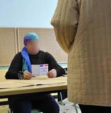 assesseur titulaire bureau de vote le ps choisit une femme voilée comme assesseur c est laïque