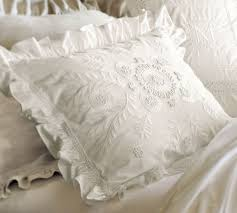 Pottery Barn White Comforter 107 Best Decorating With White Images On Pinterest Apartment