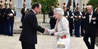 queen handbag queen elizabeth s favorite handbag launer purse cost and photos