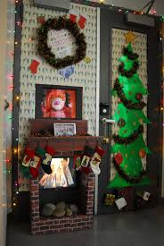 Christmas Office Door Decorations 25 Fancy Door Decorating Ideas Creativefan