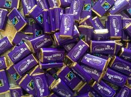 best 25 wedding favour chocolates best 25 cadbury chocolate bars ideas on cadbury