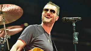 eric church performs halftime show on thanksgiving day y108