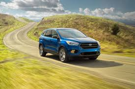 2017 ford escape suv fuel efficiency performance features
