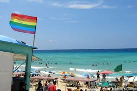 An afternoon at the gay beach in revolutionary cuba