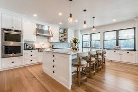 white kitchen cabinets with oak flooring quarter sawn white oak flooring connecticut kitchen