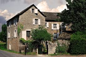 maison d hôtes la singulière chambres d hôtes sévérac le château